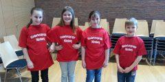 unsere Tanzgruppen-T-Shirts :)